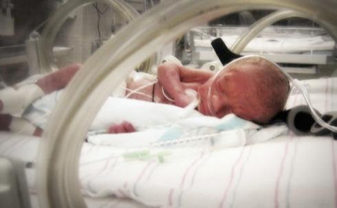 Liam in his incubator