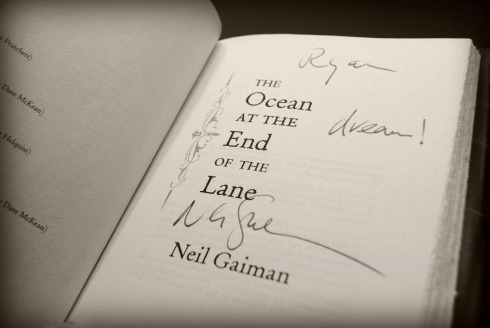 Neil Gaiman's signature on the title page of The Ocean at the End of the Lane
