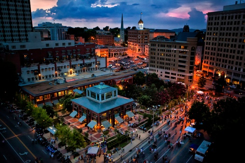 Downtown Chattanooga - Miller Plaza
